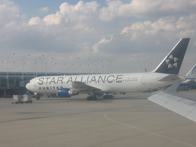 A Star Alliance Livery Painted United Airlines Boeing 767 At Chicagos OHare Airport